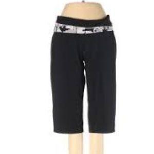 Black cropped yoga leggings floral waistband xs